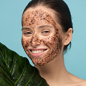 mamaearth coffee scrub for Tightens Skin