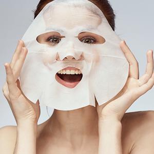 Mamaearth Ubtan Bamboo Sheet Mask for Gives Glowing Skin