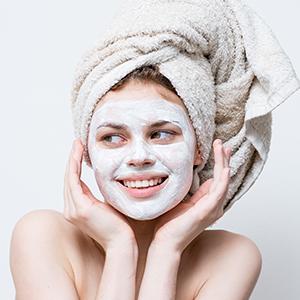 vitamin c face mask for Promotes Even Skin Tone