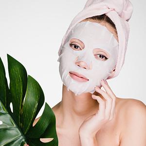 Vitamin C Bamboo Sheet Mask Promotes Even Skin Tone